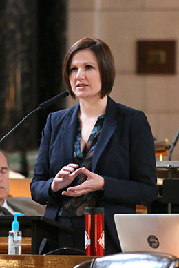 Image of Sen. Sue Crawford